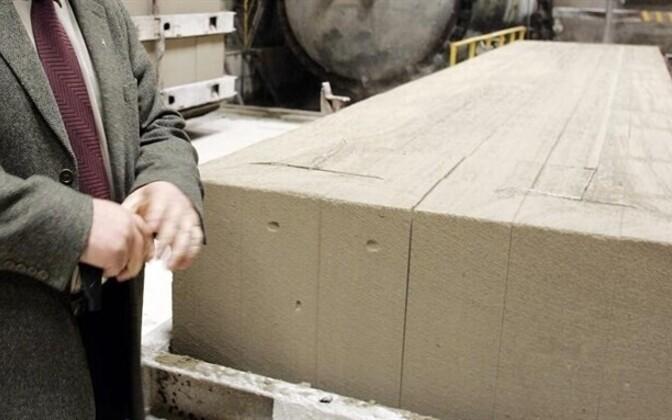 Silbet Plokk produced cinder blocks used in building.