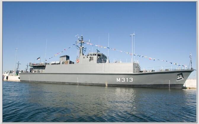 EML Admiral Cowan