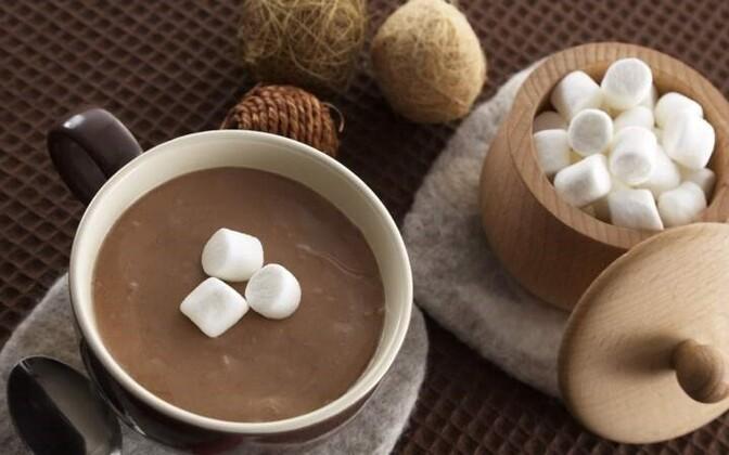 В прошлом мае сахар стоил в среднем 0,6 — 0,8 евро за килограмм.