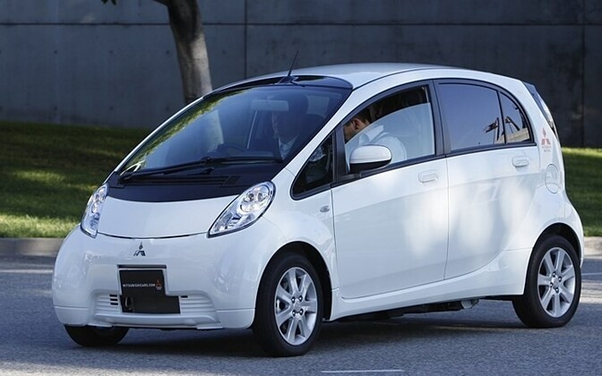 Mitsubishi MiEV electric cars soon to be issued to social workers