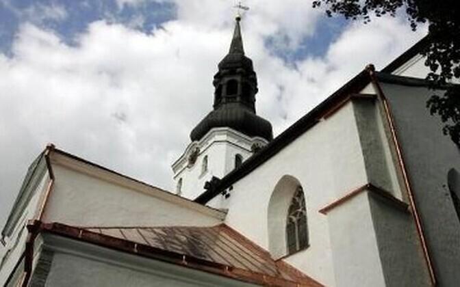 Kooli taasasutajateks ja omanikeks saavad EELK Konsistoorium ja EELK Tallinna Piiskoplik Toomkogudus.