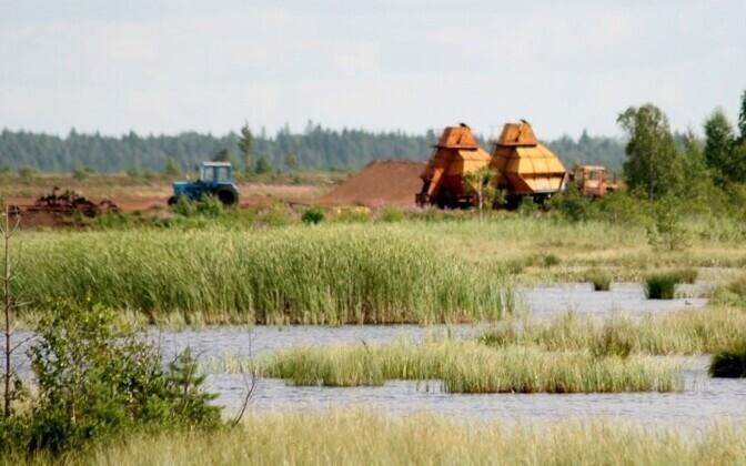 Peat harvesting