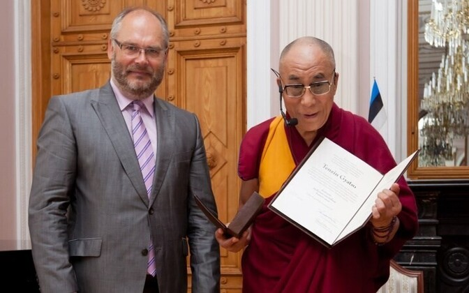 University of Tartu Rector Alar Karis and the 14th Dalai Lama