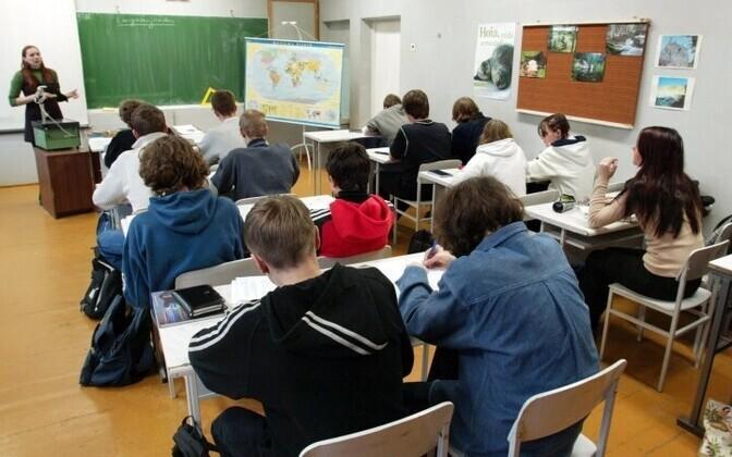 Soovituslikku liikumisaktiivsust ei täida mitte ühelgi koolipäeval ligikaudu viiendik Eesti 7-13-aastastest koolinoortest.