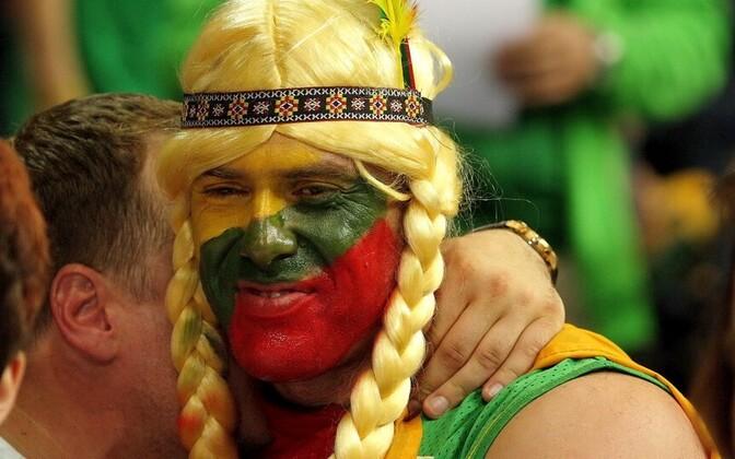 Leedu fänn pärast võitu