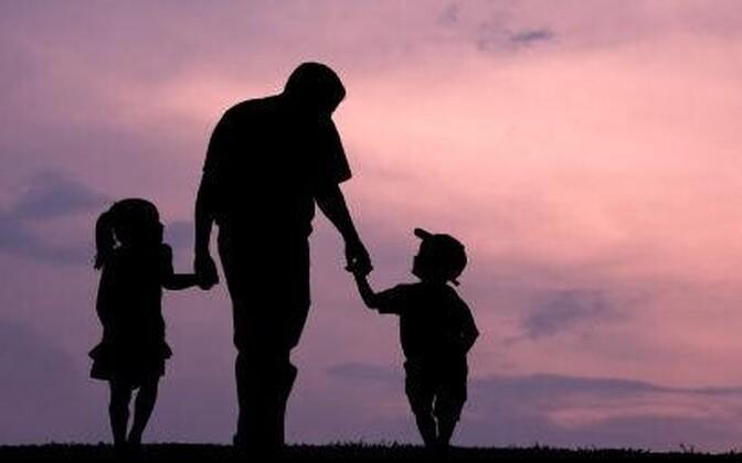 Isadus võtab meestel tuure maha