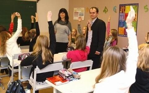 Noored õpetajad Tartu Descartes`i Lütseumis.