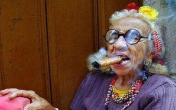 Пьяные голые бабушки фото 3807 фотография