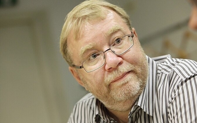 Minister of Defense Mart Laar