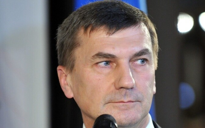 Андрус Ансип знает плюсы перехода Эстонии на евро.