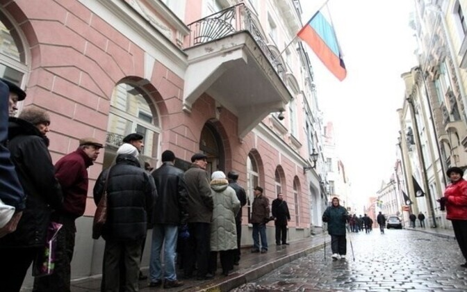 In December, voters lined up for Russia's Duma elections in front of the embassy in Tallinn's Old Town.