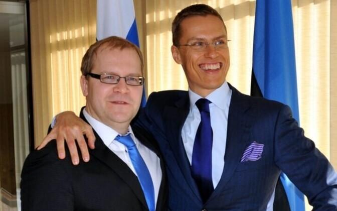 Foreign Minister Urmas Paet (left) and Finnish Prime Minister Alexander Stubb
