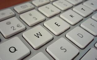 Kas klaviatuuril trükkimine mõjutab sõnade tähendust?