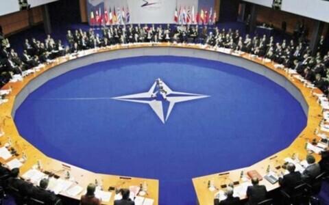 Северо-Атлантический Альянс НАТО - крупнейший в мире военно-политический блок, объединяющий большинство стран Европы и северной Америки, появился 4 апреля 1949 года в США