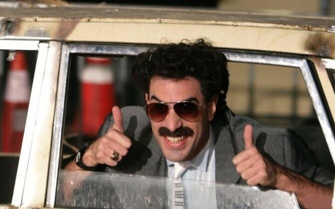 Саша Барон Коэн заплатит штраф зачешских туристов в«купальниках Бората»