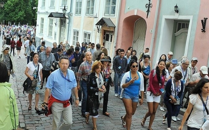 Cruise tourists in Tallinn's Old Town