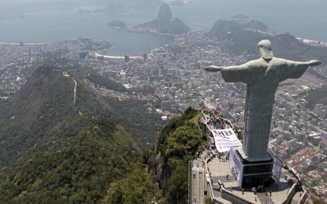 Üks Brasiilia sümboleid, Lunastaja Kristuse kuju Rio de Janeiros.