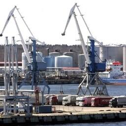 Крупнейшим по грузообороту портом Эстонии является Таллиннский порт.