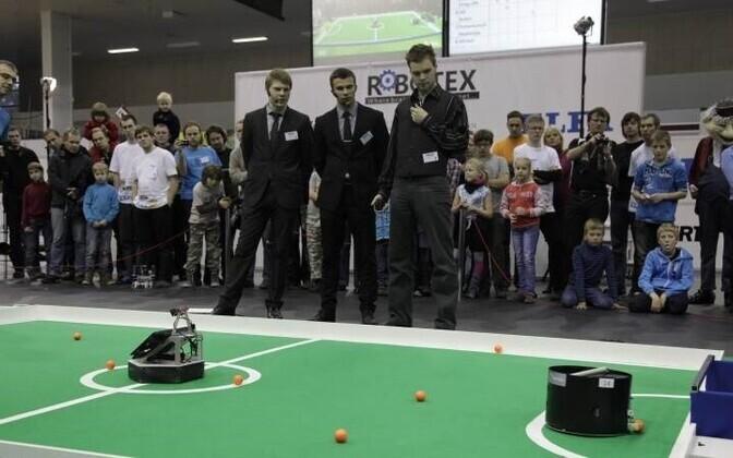 Соревнования Robotex проводятся с 2001 года
