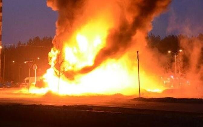 Пожар на улице Кагеласте в Нарве.