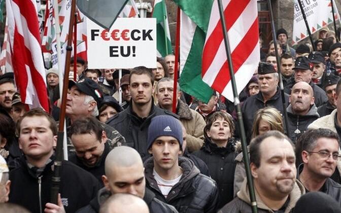 Ungari paremäärmuslased ELi vastasel meeleavaldusel.