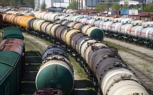 Tanker cars. Photo is illustrative.