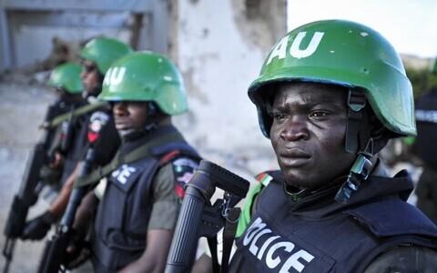 Полицейские Нигерии.