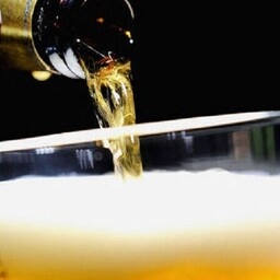 Tänavale kukkunud õllelaadung tekitas Mehhikos elevust