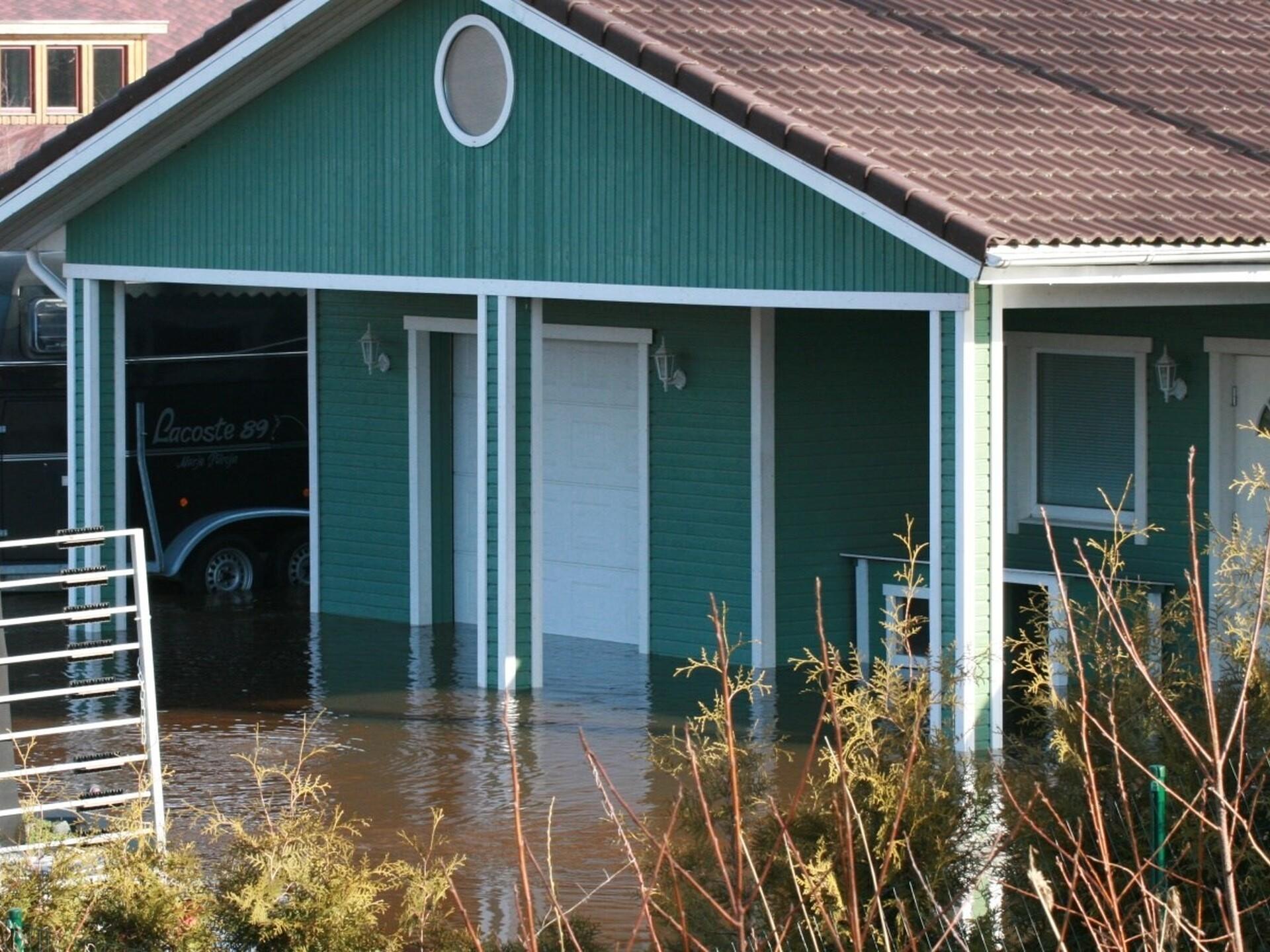1ada211204a VIDEO: Floods Threaten Residential Areas Near Pärnu   News   ERR