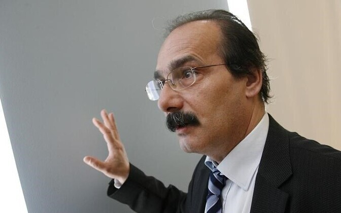 Эльдара Эфендиева прочат на место директора Нарвского музея.