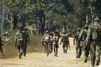 Индийские военные прочесывают штат Чхаттисгарх в центральной Индии.