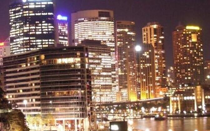 Suurlinnade valgus muudab öötaeva lubamatult heledaks.