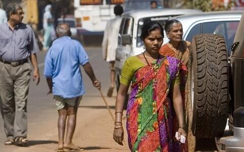 India tänavapilt. Foto on illustreeriv.