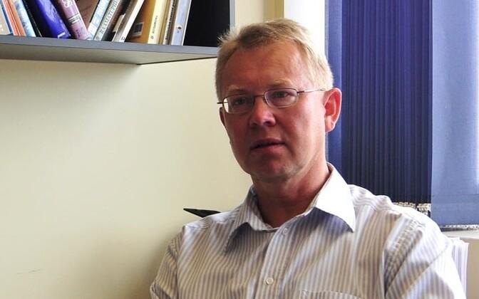 Viktor Trasberg on Tartu ülikooli dotsent ja endine Keskerakonna riigikogu fraktsiooni nõunik.