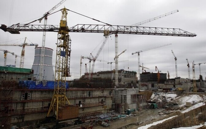 Construction of the Leningrad Nuclear Power Plant at Sosnovy Bor