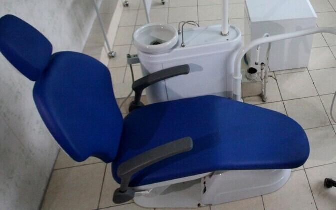 Hambaarstitool