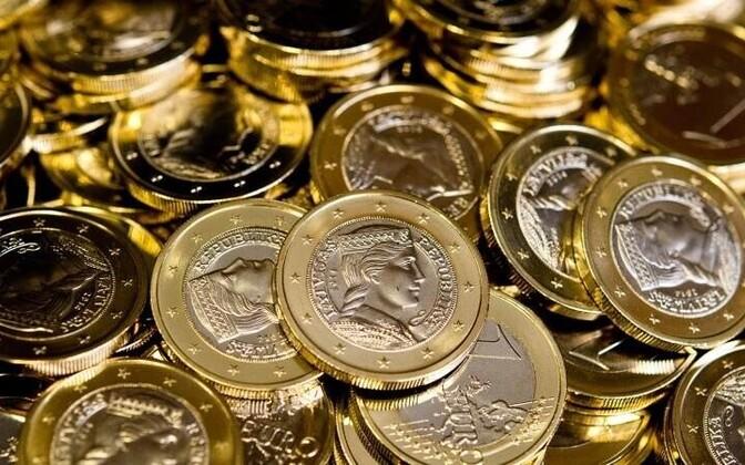 Монеты, отчеканенные специально для Латвии.