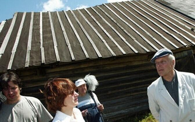 ETV võttegrupp Hinni talu juures kümmekond aastat tagasi.