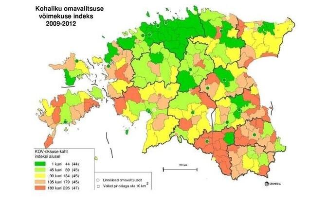 Зеленым отмечены более сильные самоуправления, красным - более слабые.