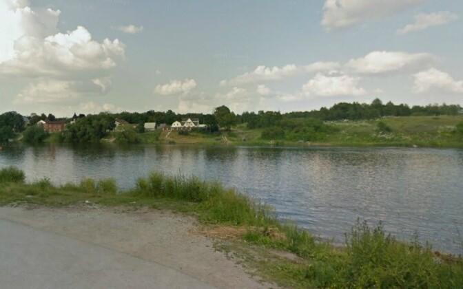 приграничная река Нарова.