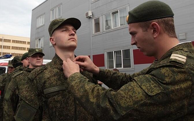Vene armee uues vormirõivastuses sõdurid Peterburis RIA Novosti/Scanpix