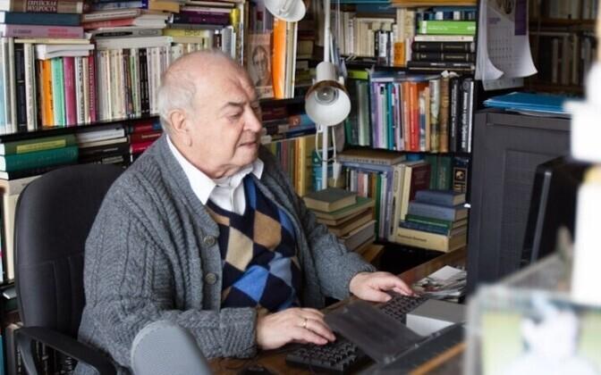 Леонид Столович