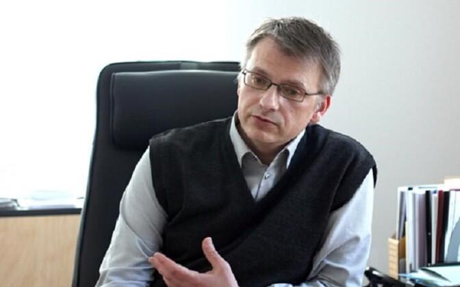 Директора Кренгольмской гимназии Геннадия Быкова оштрафовали.