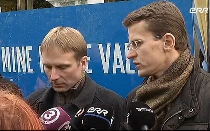Eerik-Niiles Kross (left)