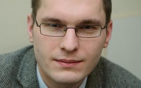 Markus Toompere on Tartu Kunstnike Liidu juhatuse esimees.
