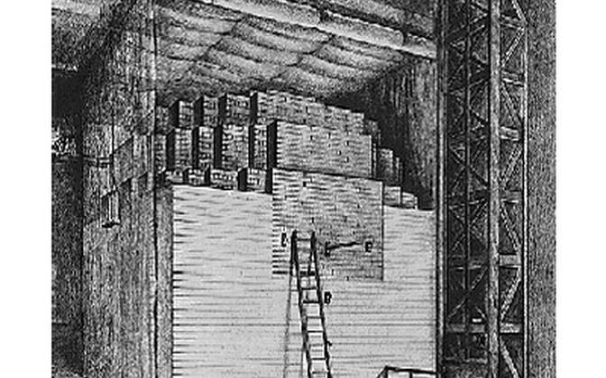 Kuna esimene reaktor meenutas suuresti grafiidi ja uraani plokkide riita, oli ka selle nimena esialgu reaktori asemel kasutuses lihtsalt «pile» ehk riit.