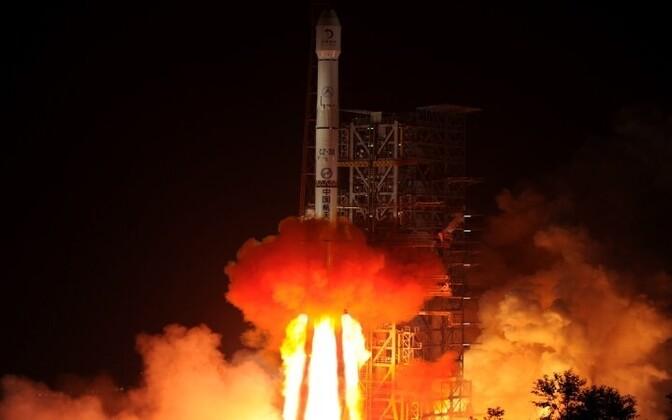Hiinlaste sond Yutu asus Kuu poole teele.