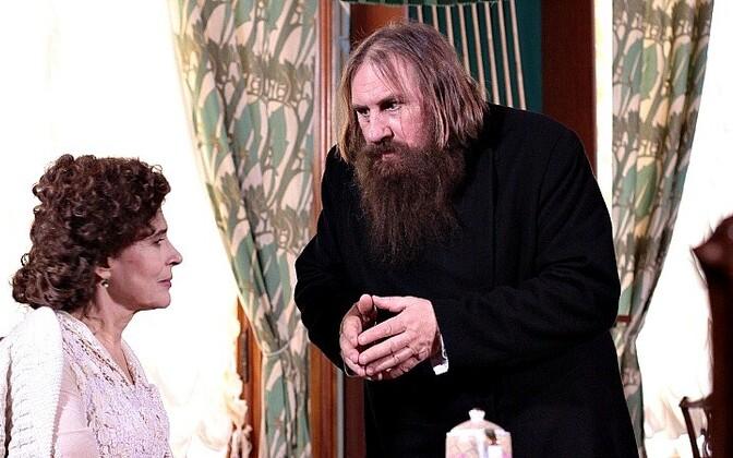 Fanny Ardant ja Gerard Depardieu mf