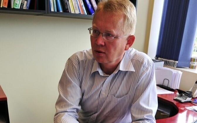 Viktor Trasberg on Tartu ülikooli majandusteooria dotsent.