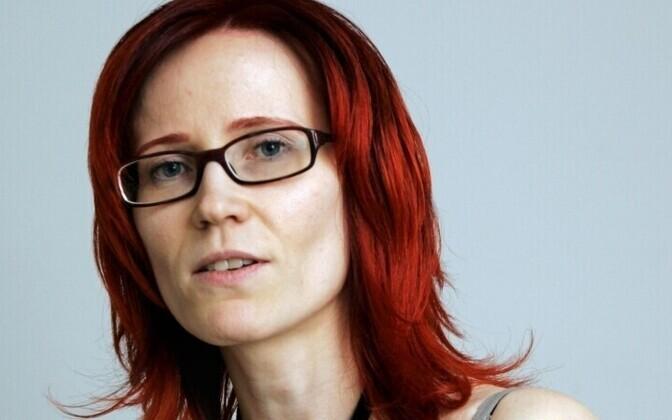 Urve Eslas on ajalehe Postimees arvamustoimetaja.